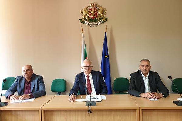 Областният управител инж. Александър Пандурски и неговите заместници  организират изнесени приемни на 8 и 10 юни